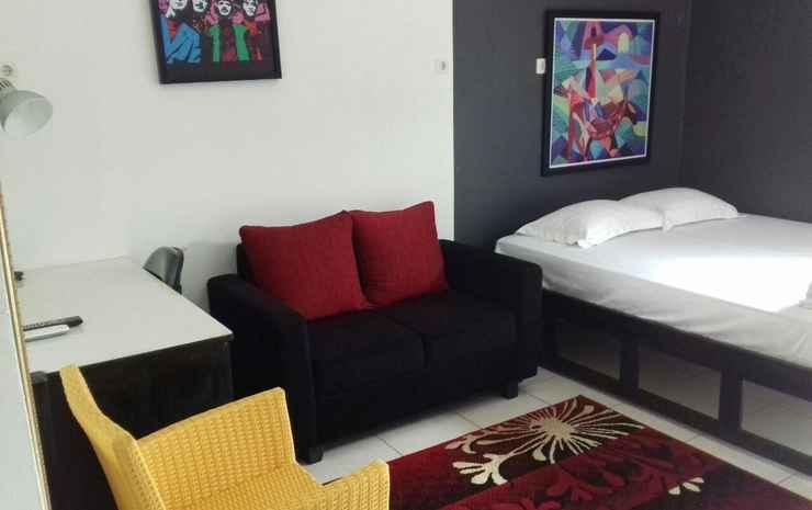 Lux Room very close to Universitas Indonesia Depok (JUR) Depok - Superior Room w. Queen Bed (Pasangan butuh bukti nikah)