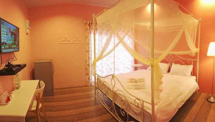 BEDROOM The Dozen Huahin Hotel