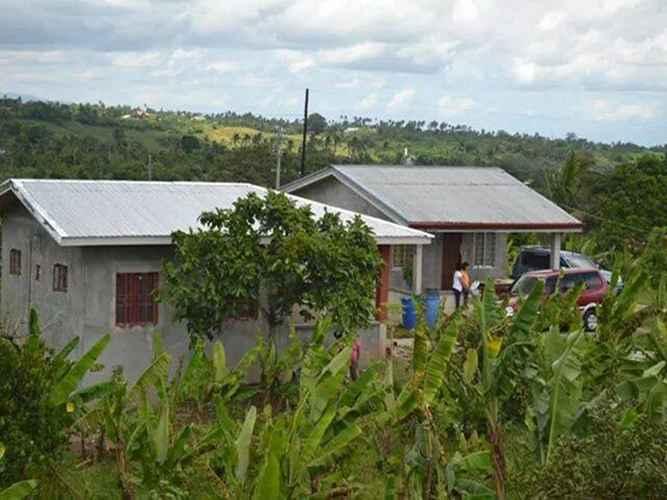 EXTERIOR_BUILDING Amiscosa Farmhouse 2