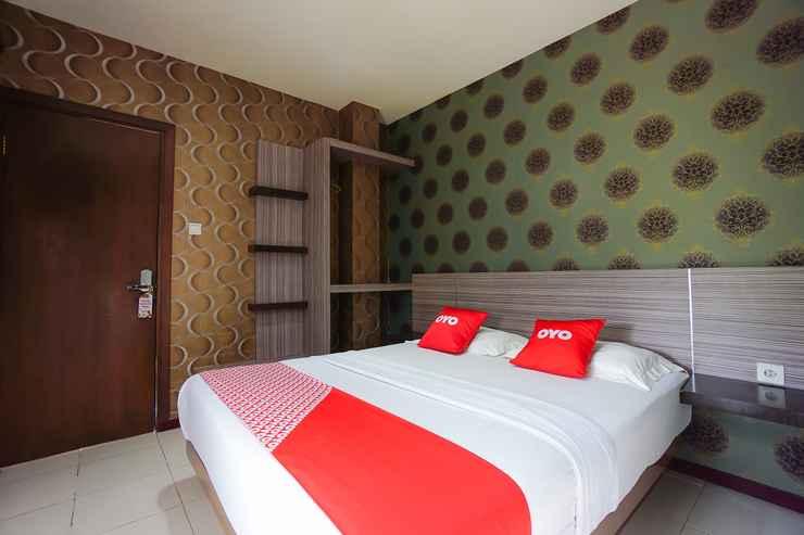 BEDROOM OYO 2526 Hotel D'komo