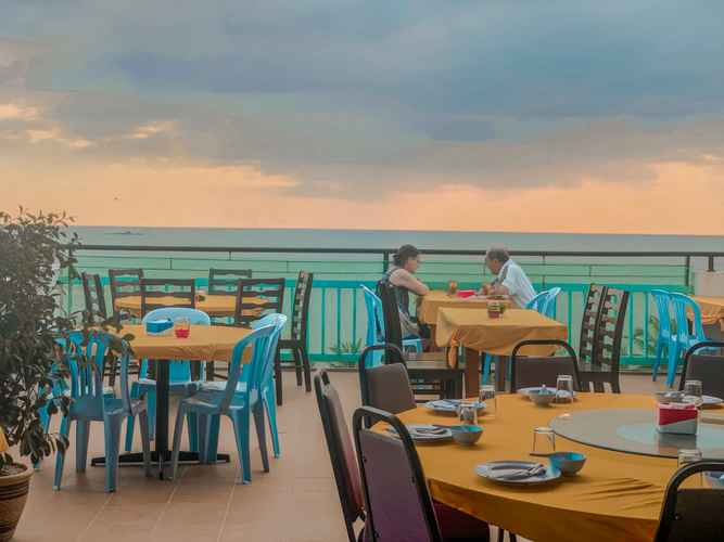 EXTERIOR_BUILDING Royal Agate Beach Resort
