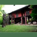 EXTERIOR_BUILDING The Village House