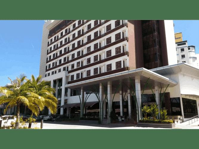 EXTERIOR_BUILDING HIG Hotel