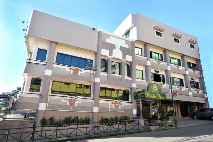 EXTERIOR_BUILDING Paladin Hotel