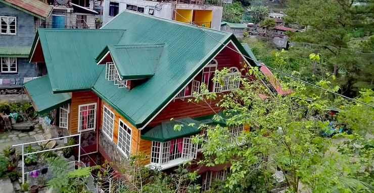 EXTERIOR_BUILDING Pinewood Lodge