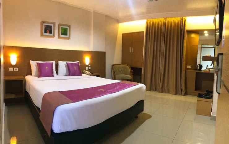 Grand Gallery Hotel Bukittinggi Bukittinggi - Deluxe King Bed - Room Only