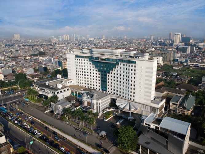 EXTERIOR_BUILDING Golden Boutique Hotel Kemayoran