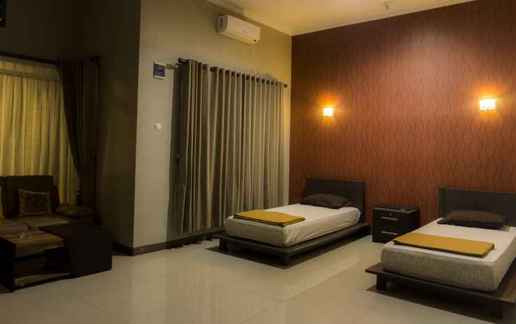 Green Patriot Resort - Cipanas Garut Garut - Junior Suite Twin Bed