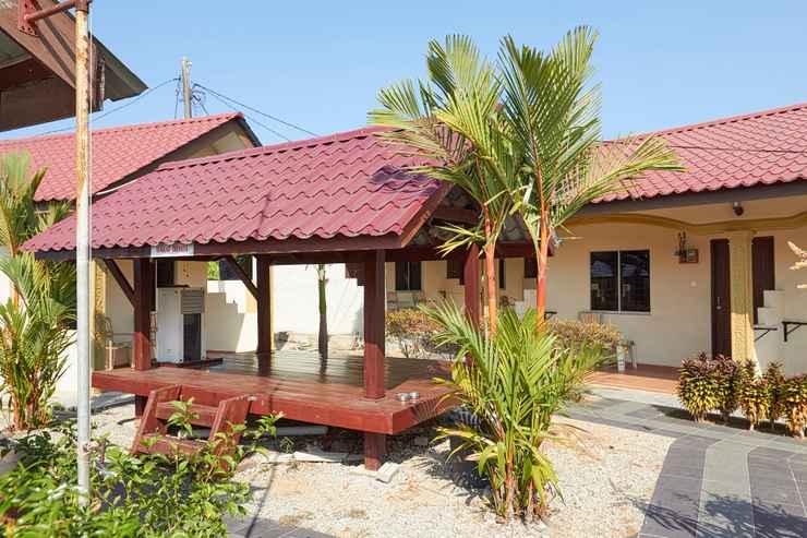 EXTERIOR_BUILDING Dhania Motel
