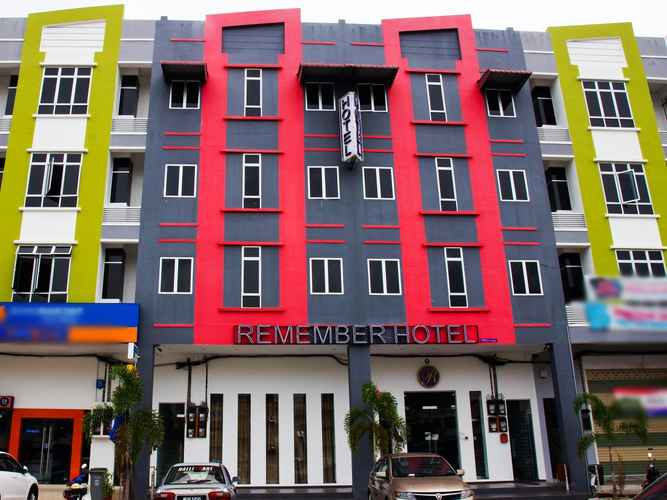 EXTERIOR_BUILDING Remember Hotel Bukit Gambir