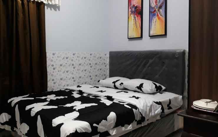 Grand Homestay Syariah Solo - Standard Room