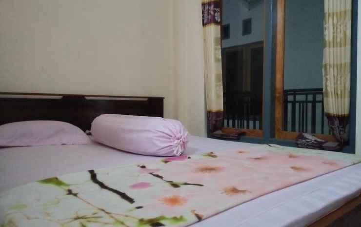 Siola Hotel Manggarai Barat - Double Bed Standard with Fan
