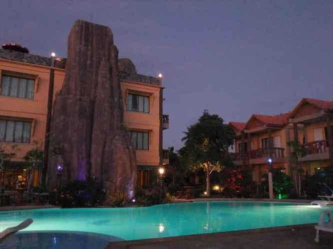 SWIMMING_POOL Friendly Resort & Spa