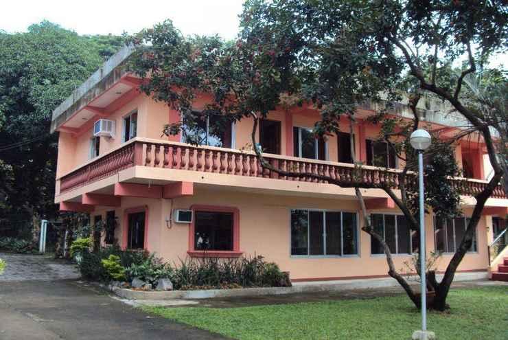 EXTERIOR_BUILDING Talisay Green Lake Resort