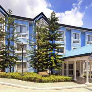 MICROTEL BY WYNDHAM BAGUIO Session Road Baguio
