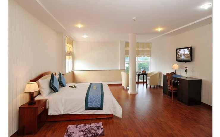 BEDROOM Khách sạn Sông Thu
