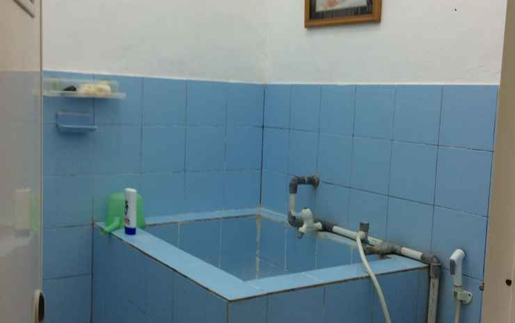 Marlon's Rest Homestay Pangandaran - Non AC Room (Fan Only) - Only for 2 Persons
