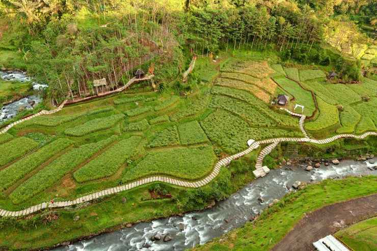 VIEW_ATTRACTIONS Le Eminence Puncak Hotel Convention & Resort