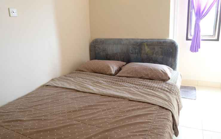 Sandila Homestay Bandung - Standard Queen Bed