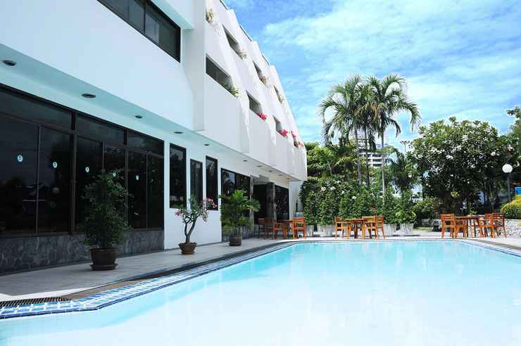 SWIMMING_POOL Bangsaen Villa Hotel