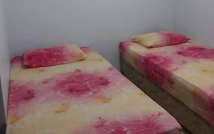 Kos Jasmine at Jalan Riau 38 (PWC) Bogor - Twin Bed Non AC (CHECK-IN BEFORE 22.00)