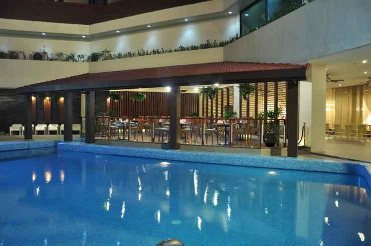 SWIMMING_POOL The Heritage Hotel Manila
