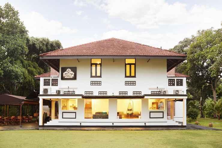 EXTERIOR_BUILDING Hotel@Horsecity