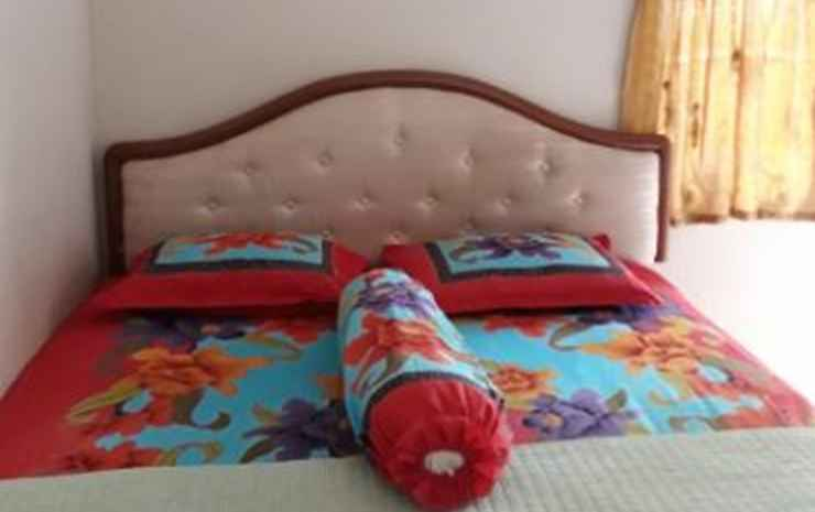 Kos Jasmine at Jalan Riau 38 (PAC) Bogor - Queen Bed AC (CHECK-IN SBLM JAM 10 MALAM)