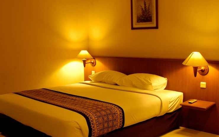 Arnes Central Hotel Bandar Lampung - Deluxe Double Bed