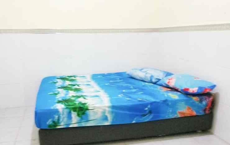 Cozy Room in Surabaya at D'Kost Ketintang Surabaya - Standard Fan (max. check in time is 23.00)