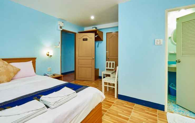 Blue House Beach Chonburi - Standard Room (2nd Floor)