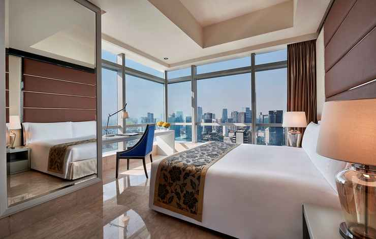 BEDROOM The Ritz-Carlton Jakarta, Pacific Place Residences