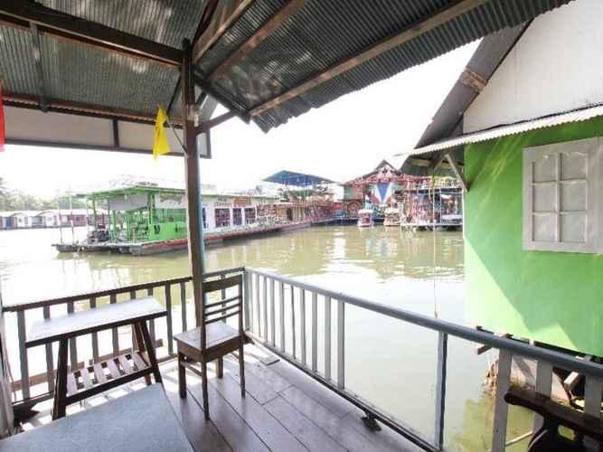 BEDROOM Nita Raft House