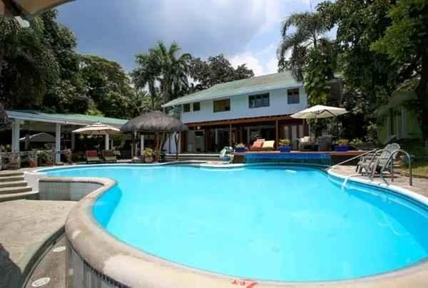 SWIMMING_POOL Awilihan Private Paradise Resort