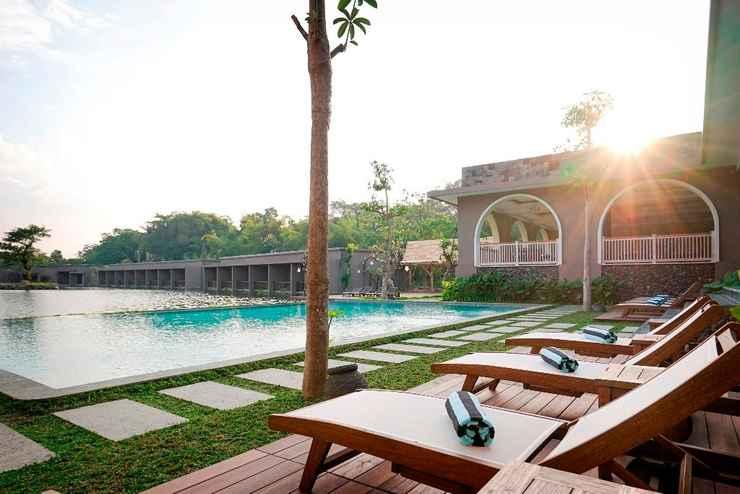 SWIMMING_POOL The Westlake Hotel & Resort Yogyakarta