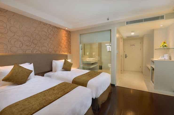 BEDROOM Platinum Adisucipto Yogyakarta Hotel & Conference