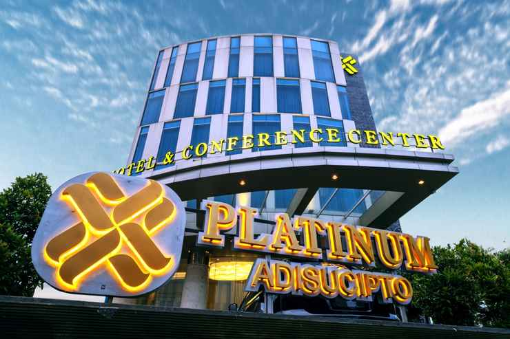 EXTERIOR_BUILDING Platinum Adisucipto Yogyakarta Hotel & Conference