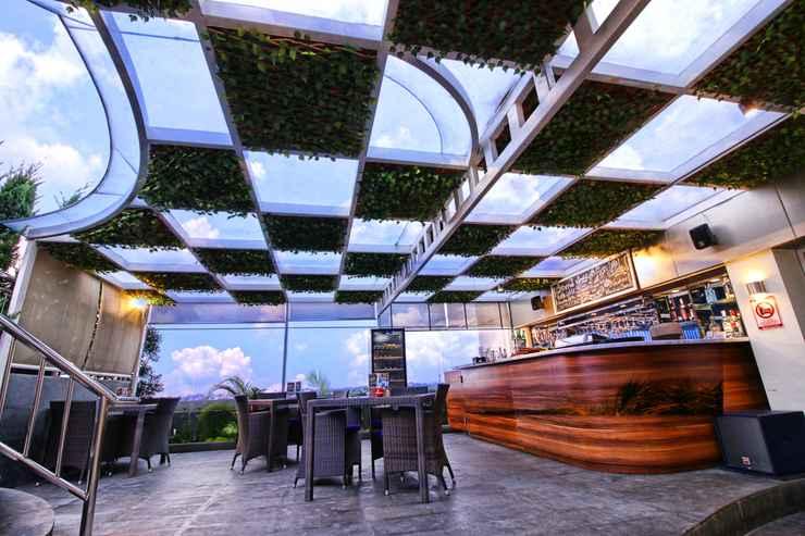 BAR_CAFE_LOUNGE Platinum Adisucipto Yogyakarta Hotel & Conference