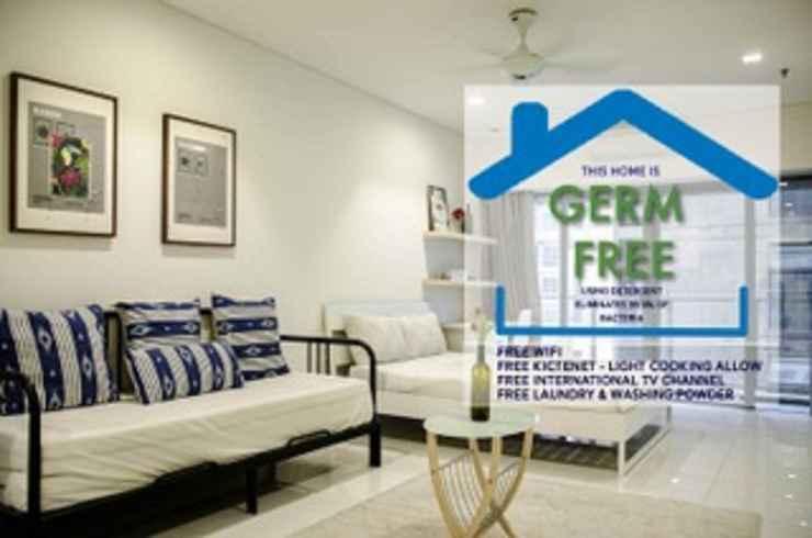 BEDROOM Mercu Summer Suite @ Penguin Home