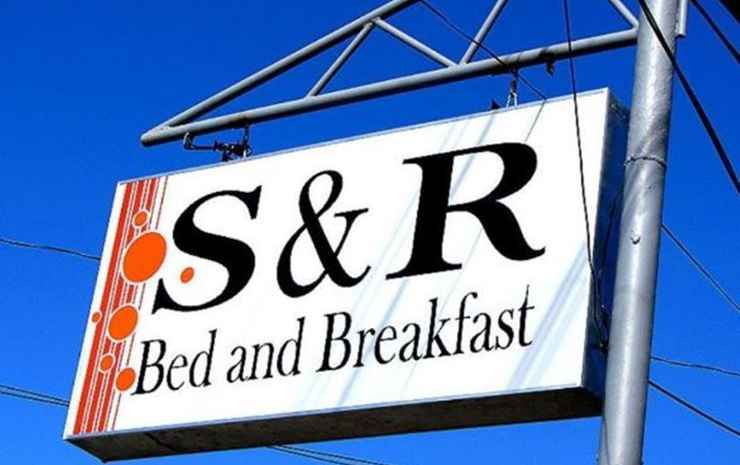 S & R BED AND BREAKFAST