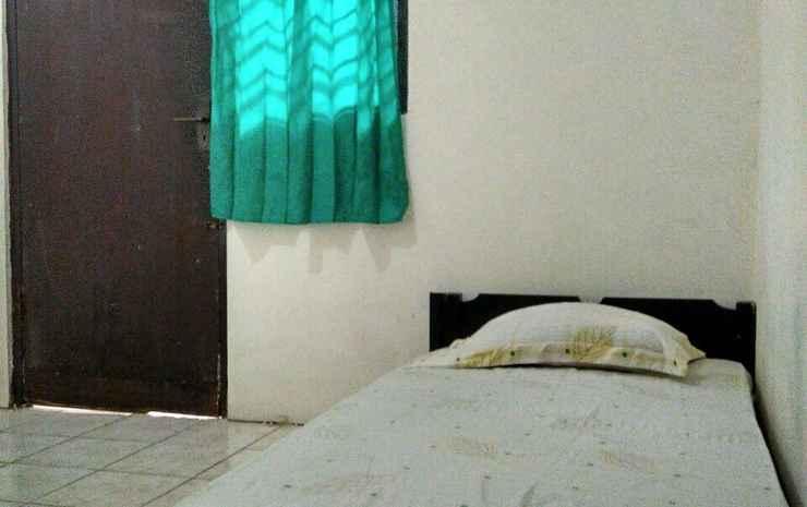 Low-cost Room near TMII (RR2) Bekasi - Economic Room with Fan, Pasangan butuh bukti nikah