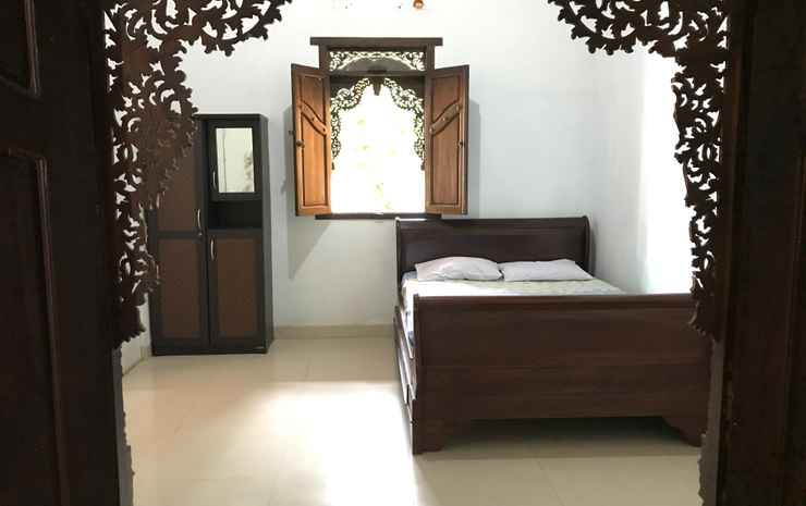 Puri Saripan Bed & Breakfast Jepara - Double Standard Room