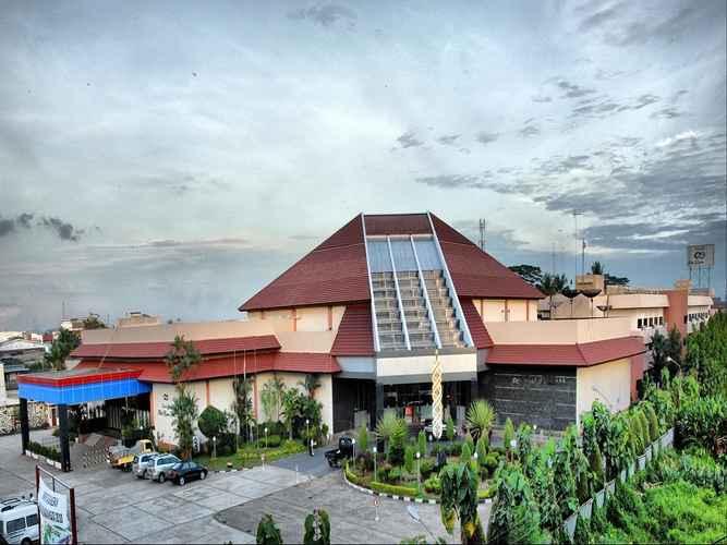 EXTERIOR_BUILDING Hotel Kapuas Palace