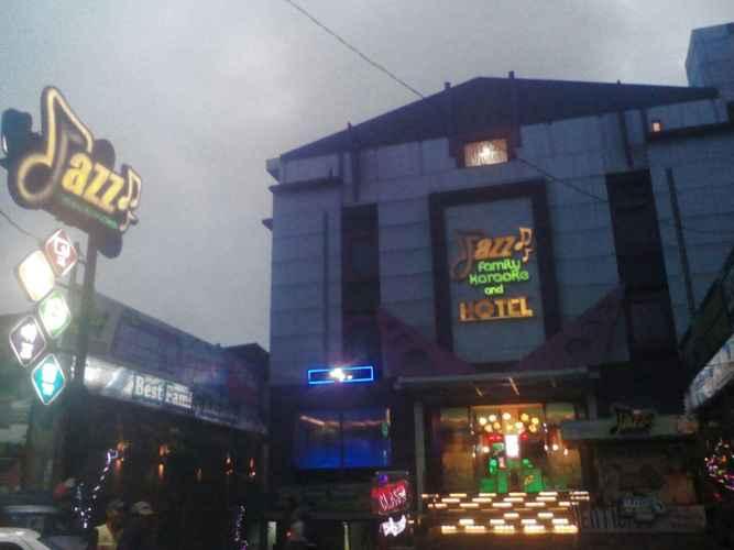 EXTERIOR_BUILDING Jazz Hotel & Karaoke Sukabumi