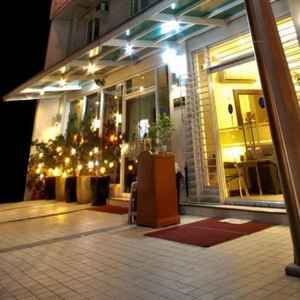 AVITEL HOTEL MAKATI