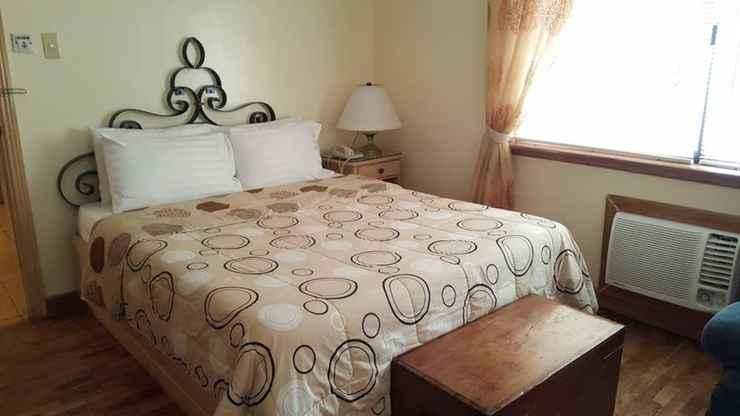 BEDROOM Roxas President's Inn