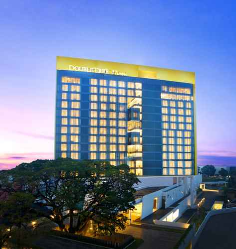 EXTERIOR_BUILDING DoubleTree by Hilton Jakarta - Diponegoro