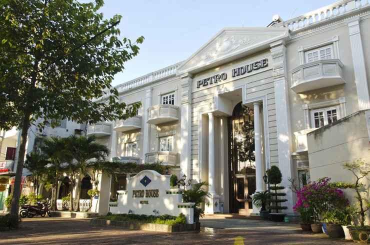 EXTERIOR_BUILDING Khách sạn Petro House