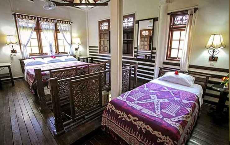 Martas Hotel Gili Trawangan Lombok - Family Bungalow (5 Adults)