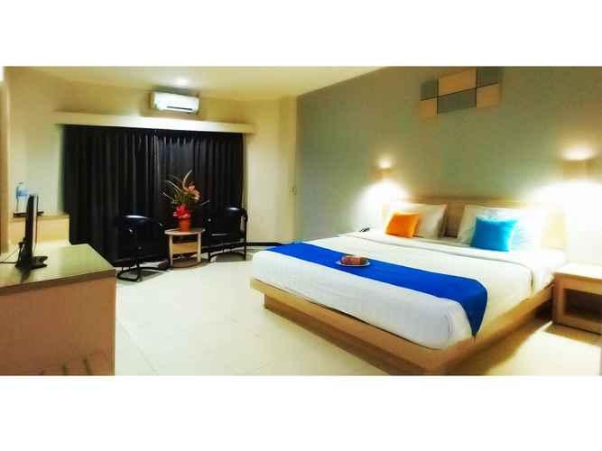 BEDROOM Merpati Hotel